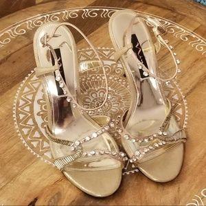 Nina Chimere Dress Sandals | Size 8